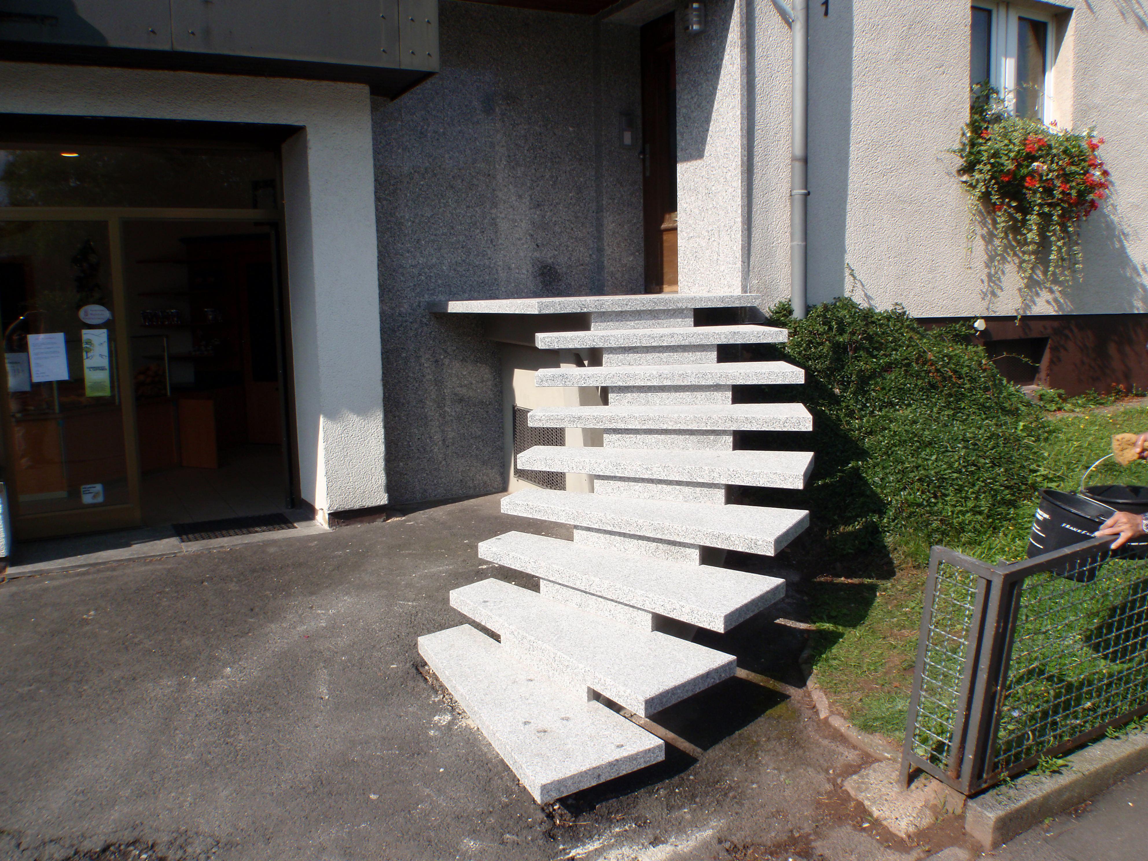 treppen marmor frankfurth. Black Bedroom Furniture Sets. Home Design Ideas